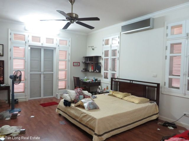 Villa for cheap-price rent with 4 bedrooms in T9 Ciputra, Tay Ho district, Ha Noi 5