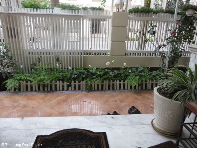 Villa for lease with 4 bedrooms, fully furnished in T9 Ciputra 6
