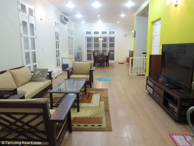 Villa for lease with 4 bedrooms, fully furnished in T9 Ciputra 7