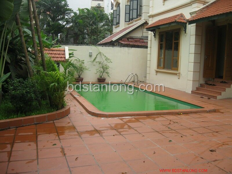Villa for rent in Tay Ho, Ha Noi 2