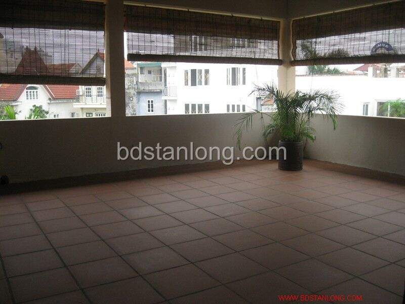 Villa for rent in Tay Ho, Ha Noi 6