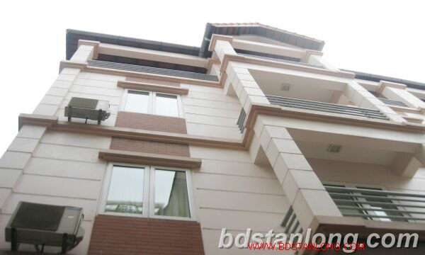Villa for rent in Tay Ho road, Tay Ho dist, Hanoi 1