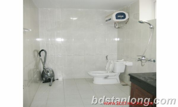 Villa for rent in Tay Ho road, Tay Ho dist, Hanoi 3