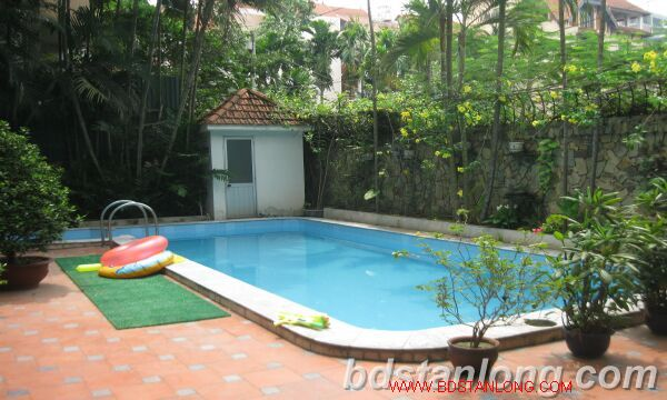 Villa for rent in Tay Ho Westlake Hanoi, swimming pool 2