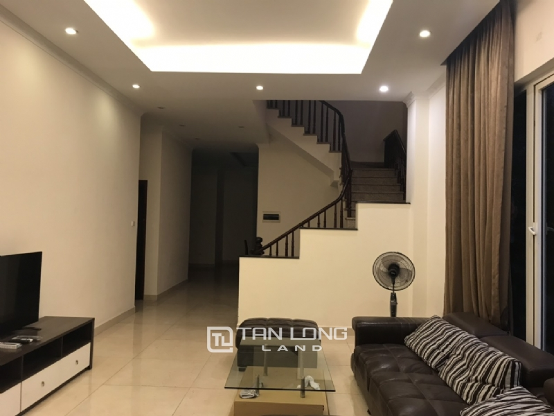 Villa For Rent In Vinhomes Riverside Fully Furnished, Have Basement 5
