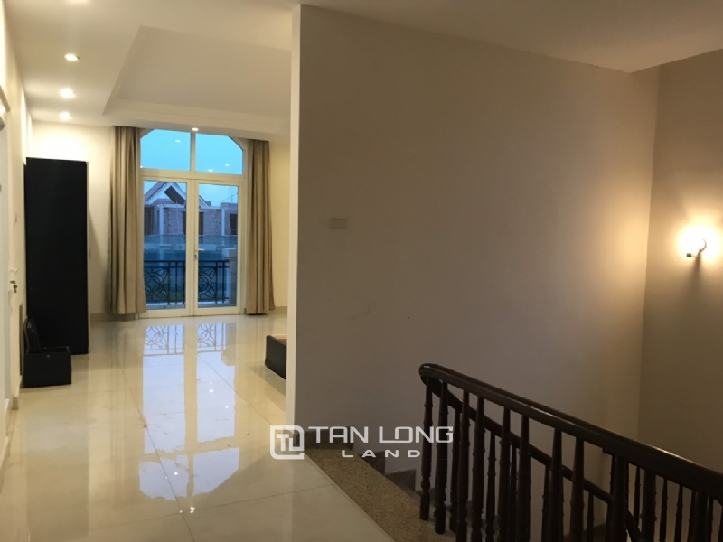 Villa For Rent In Vinhomes Riverside Fully Furnished, Have Basement 7