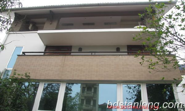 Villa for rent in Vuon Dao, Tay Ho district, Hanoi 2