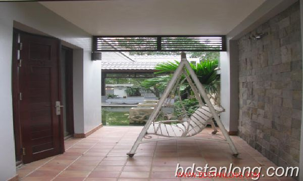 Villa for rent in Vuon Dao, Tay Ho district, Hanoi 1