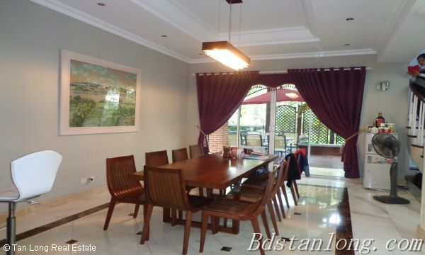 Villa for rent in Vuon Dao, Tay Ho District. 1