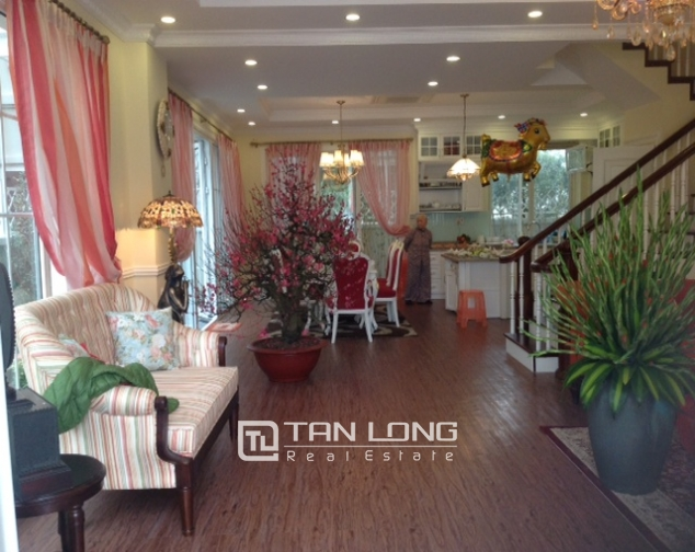 Villa For Rent on Anh Dao 6, Vinhomes Riverside, 162 sqm 4