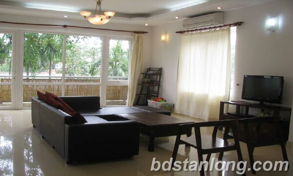 Villa in Dang Thai Mai street, Tay Ho district for rent