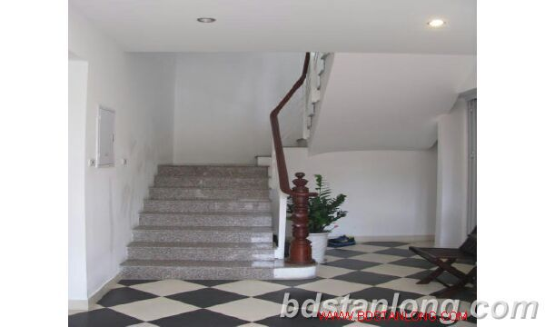 Villa in Dang Thai Mai street, Tay Ho district for rent 7