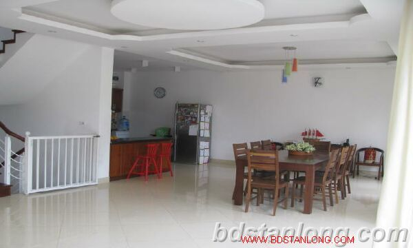 Villa in Dang Thai Mai street, Tay Ho district for rent 8