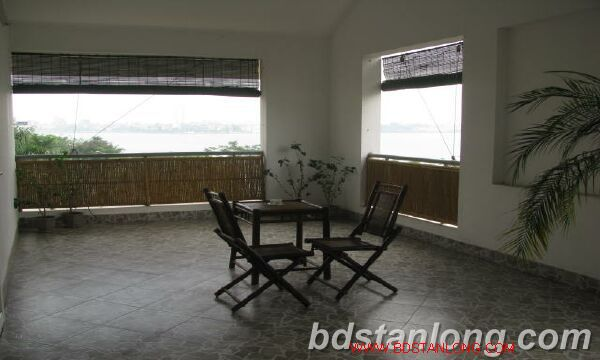Villa in Dang Thai Mai street, Tay Ho district for rent 4