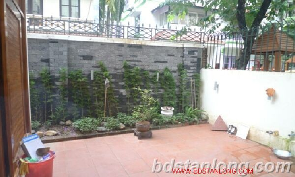 Villa in Tay Ho road, Tay Ho district for rent. 4