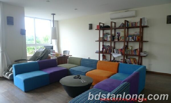 Villa in Tay Ho road, Tay Ho district for rent. 2