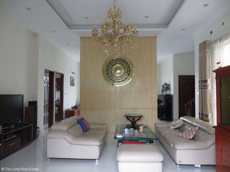 Villa on Hoa Lan road in Vinhomes Riverside for sale, Long Biên district 6