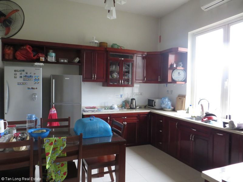 Villa on Hoa Lan road in Vinhomes Riverside for sale, Long Biên district 2