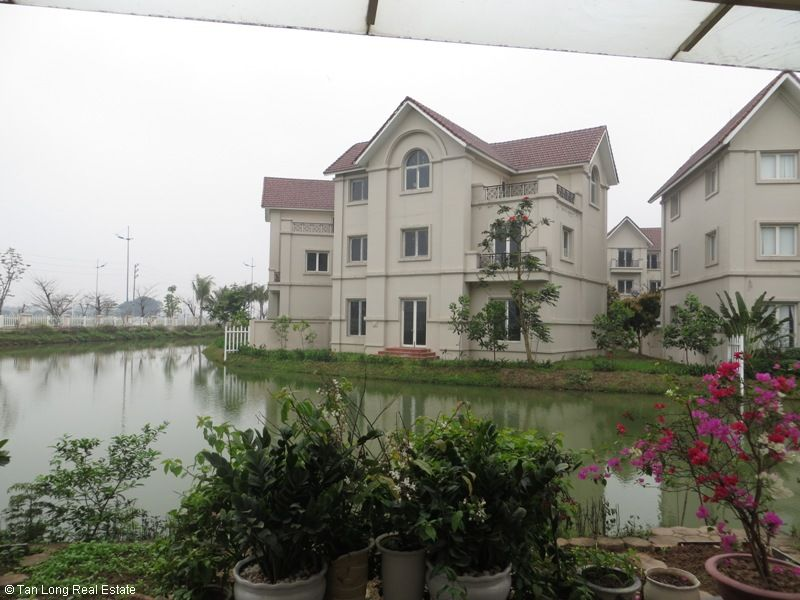 Villa on Hoa Lan road in Vinhomes Riverside for sale, Long Biên district 3