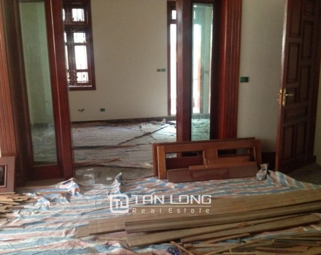 Villa with 4 storeys for rent in Cau Giay, near Cau Giay park 4