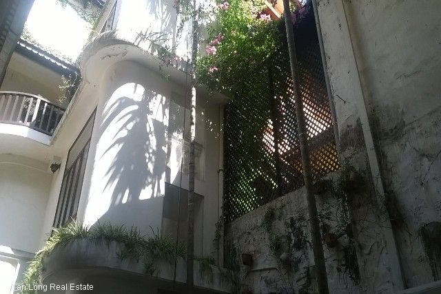 Villa with garden for sale in Hang Bun str, Ba Dinh dist, Hanoi 3