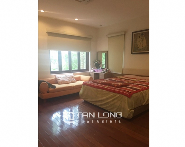 Villa with large garden for sale in D5 Ciputra, Bac Tu Liem dist, Hanoi 2