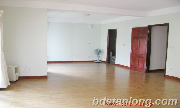 Villa with swimming pool for rent in Tay Ho district 9