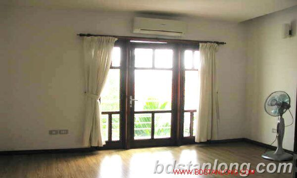 Villa with swimming pool for rent in Tay Ho district 5