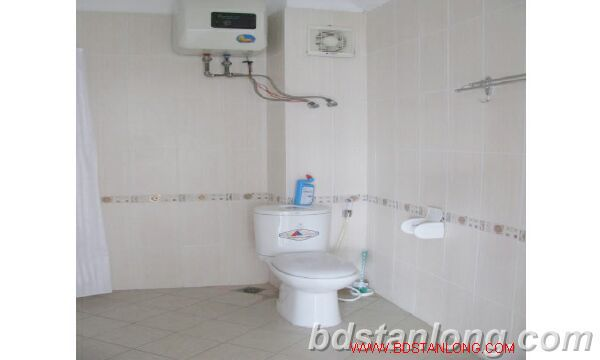 Villa with swimming pool for rent in Tay Ho district 7