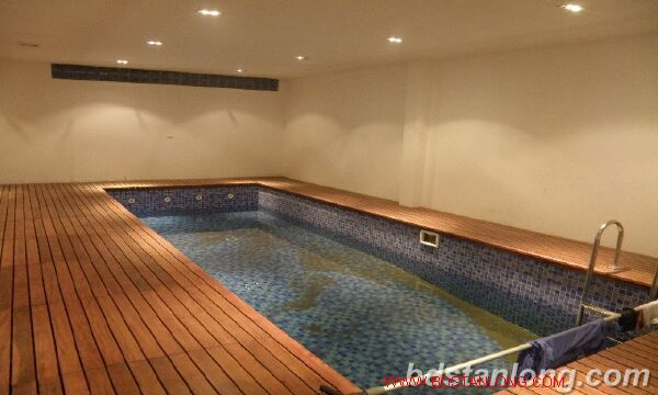 Villa with Westlake view in Xuan Dieu, Tay Ho for rent 1
