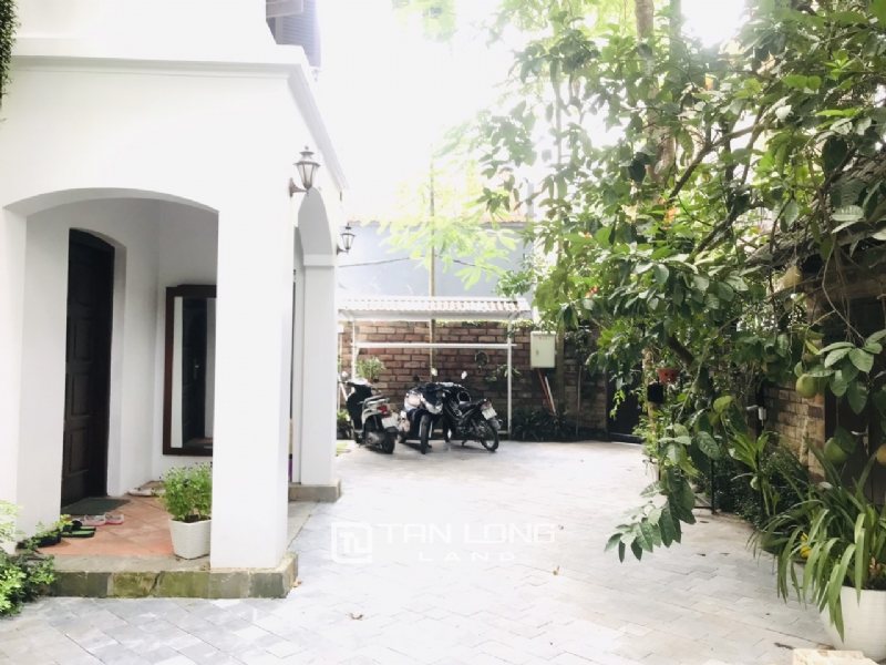 Villas for rent in Dang Thai Mai street, Tay ho district 19