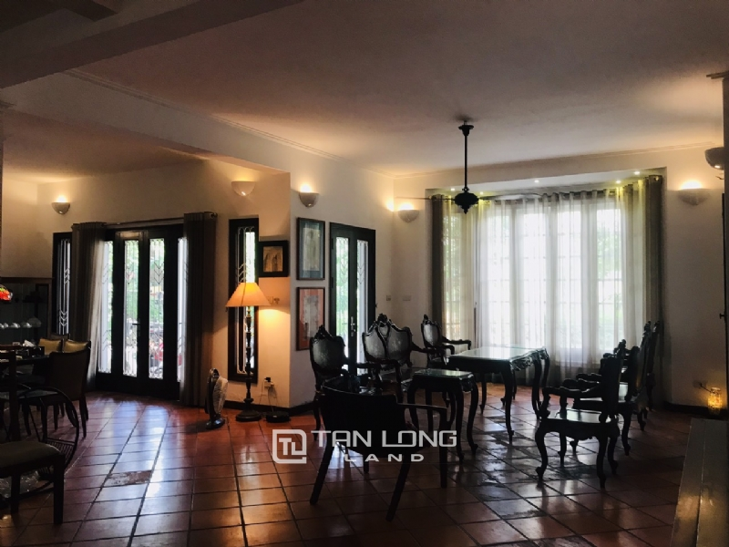 Villas for rent in Dang Thai Mai street, Tay ho district 20