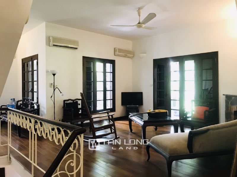 Villas for rent in Dang Thai Mai street, Tay ho district 28