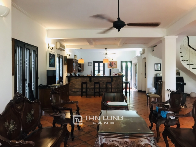 Villas for rent in Dang Thai Mai street, Tay ho district 30