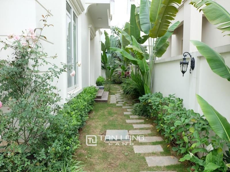 Villas for rent on Anh Dao 9, Vinhomes Riverside 2