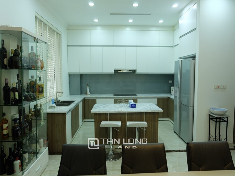 Villas for rent on Anh Dao 9, Vinhomes Riverside 5