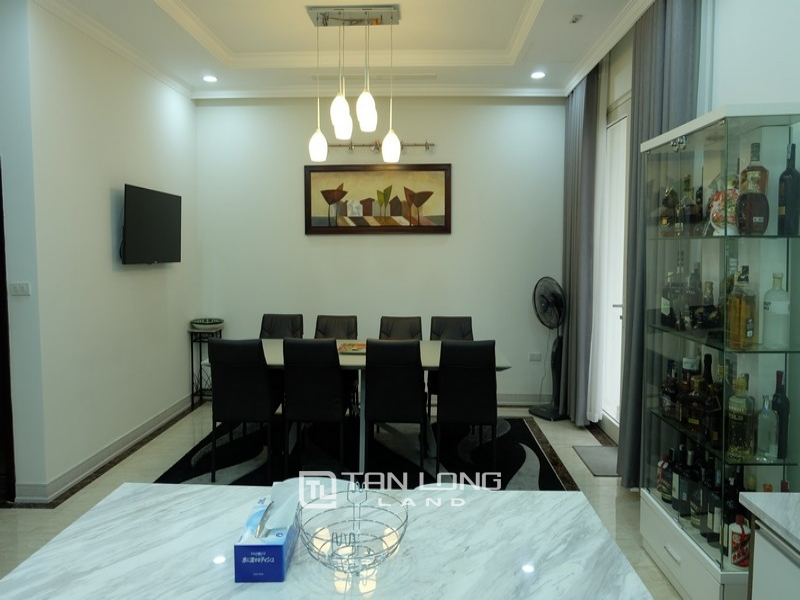 Villas for rent on Anh Dao 9, Vinhomes Riverside 6