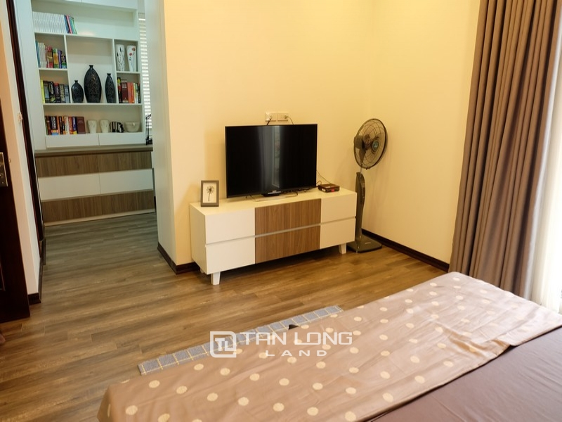 Villas for rent on Anh Dao 9, Vinhomes Riverside 12