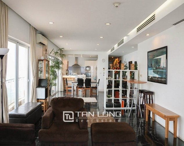<WARNING> Shocked with the luxury apartment for lease in Golden Westlake, Tay Ho district! 3