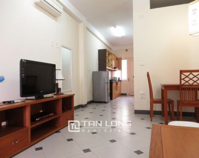 Well appointed apartment in Hoang Quoc Viet street, Cau Giay district, Hanoi for lease 2