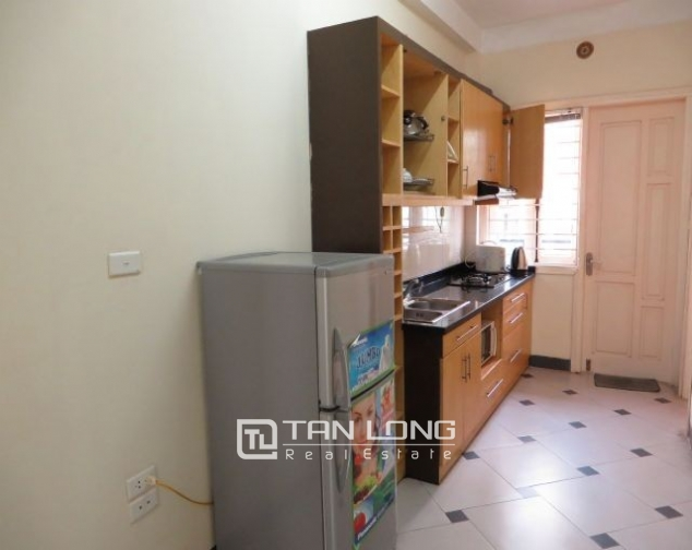 Well appointed apartment in Hoang Quoc Viet street, Cau Giay district, Hanoi for lease 3