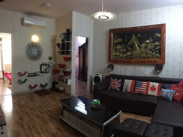 Well- appointed apartment in Vuon Dao, Lac Long Quan street, Tay Ho district for lease