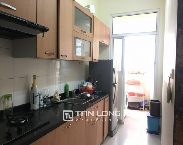 Well- appointed apartment in Vuon Dao, Lac Long Quan street, Tay Ho district for lease 4