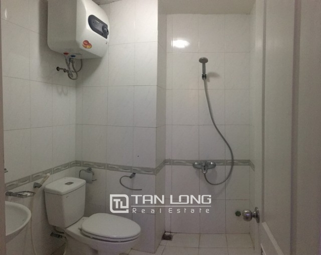 Well- appointed apartment in Vuon Dao, Lac Long Quan street, Tay Ho district for lease 10