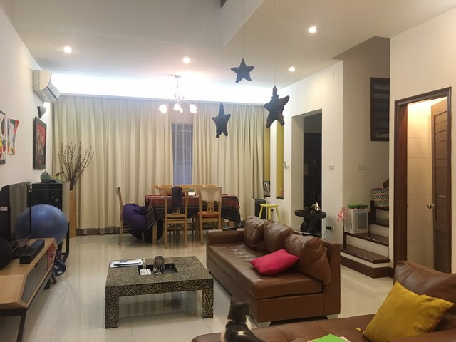 Well appointed house in Tay Ho street, Tay Ho dist , Hanoi for lease
