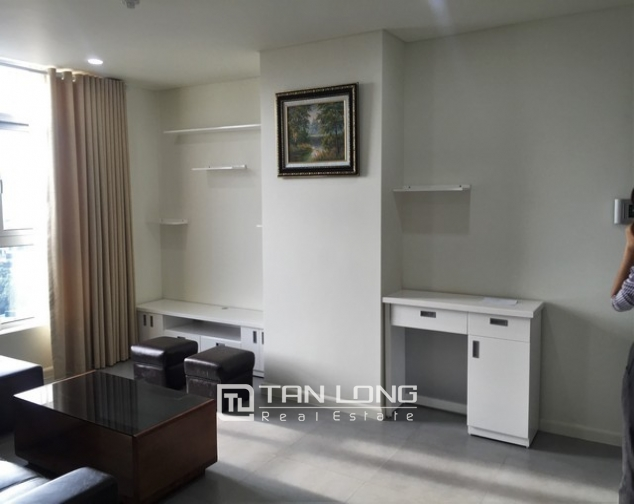 Well- appointed Watermark apartment in Tay Ho district for lease 2