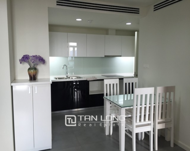 Well- appointed Watermark apartment in Tay Ho district for lease 3