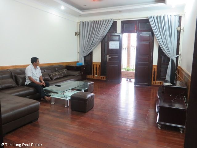 Well furnished 5 bedroom villa with garden for rent in D5 Ciputra, Tay Ho dist, Hanoi 3