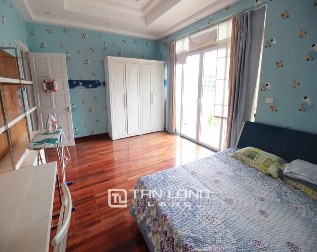 Well renovated and spacious 5 bedroom villa for rent in T3 zone Ciputra 7