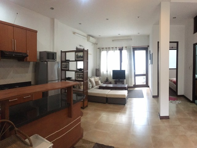 Well – appointed apartment for lease in Tu Hoa str, Nghi Tam Village, Tay Ho distr, Hanoi